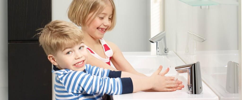 paakuva_Optima_bathroom_kids_1714F_oras23067